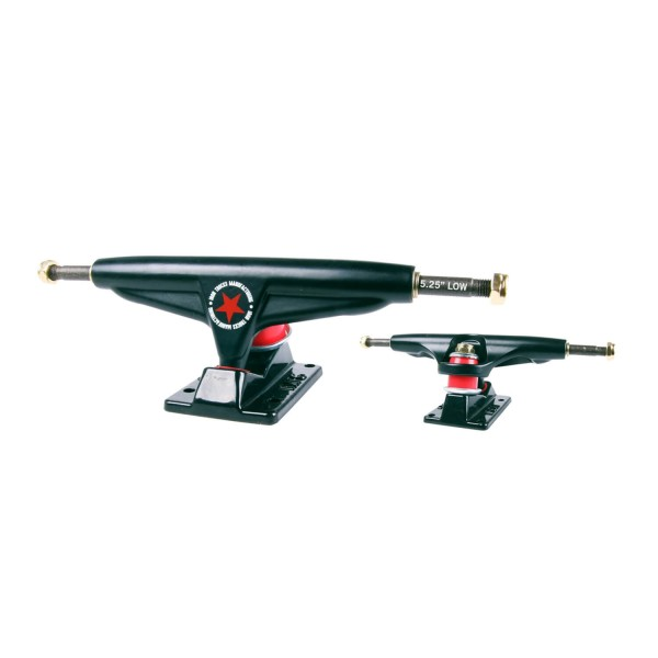Iron 5,25'' Black Low Ejes de skateboard (PACK 2)