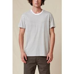 Globe Horizon striped white 2022 camiseta